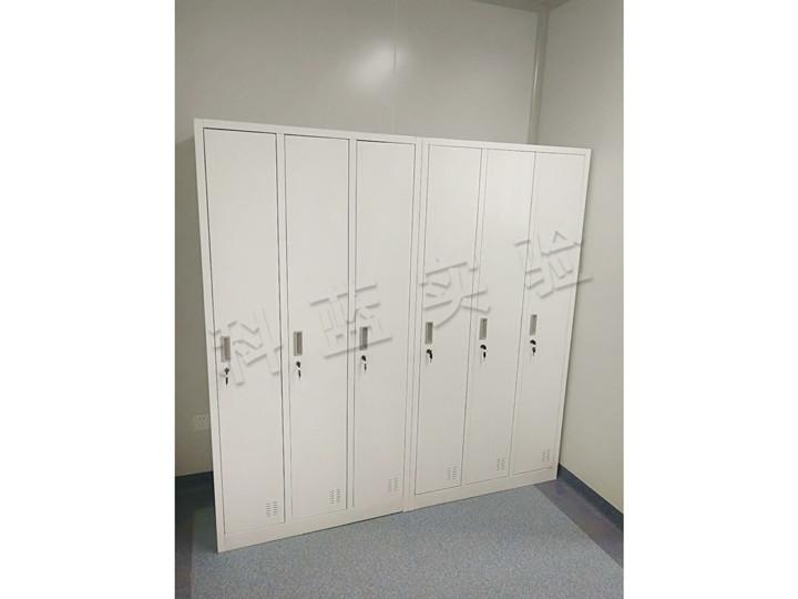 3门更衣柜